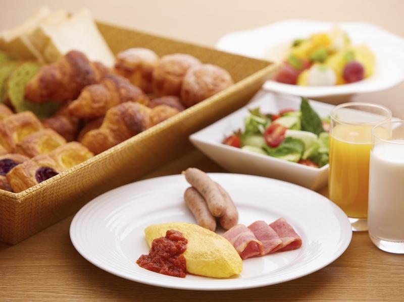 早餐以西式餐點為主,歐姆蛋與手工麵包最受好評