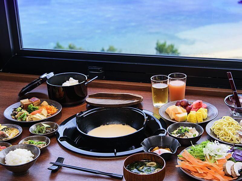 「琉球BBQ Blue」的早餐以日式餐點為主